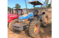 TRATOR NEW HOLLAND TL 80 4X4 ANO 2001 LOTE 12090